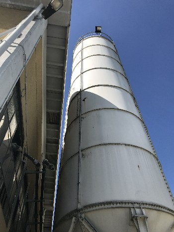 SILOS DIAMETRO 3.600 mm CAPACITA' 115 Mc - USATI